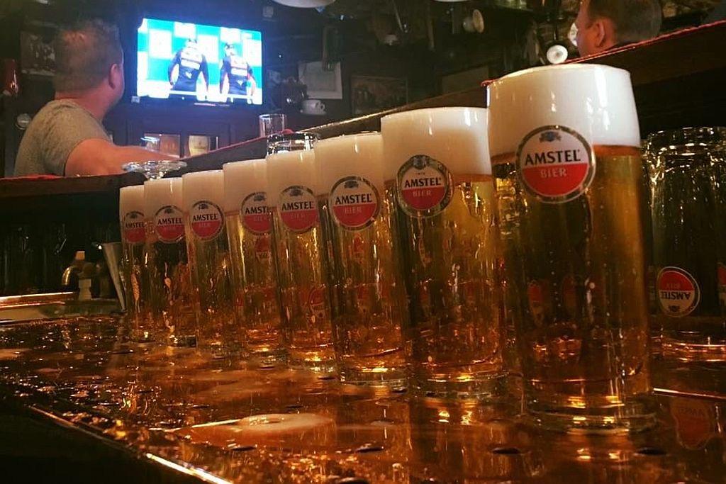 Amstel bier bij Café Spaarndam