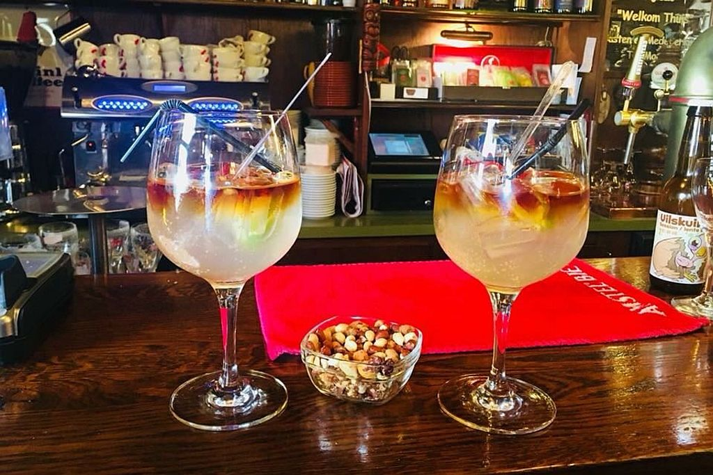 Gin & Tonic bij Café Spaarndam